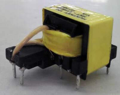 5v2a充电器电路图讲解